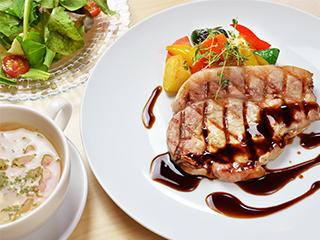レストラン&ラウンジ ワイキキ写真